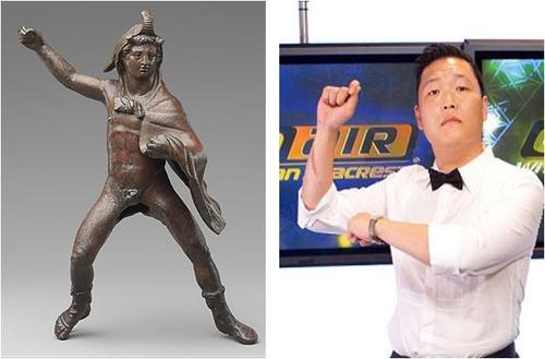 ცხენოსანი კაცის ბრინჯაოს ქანდაკება. გაიხსენეთ კლიპი, სადაც Psy საჯინიბოში ცეკვავს.
